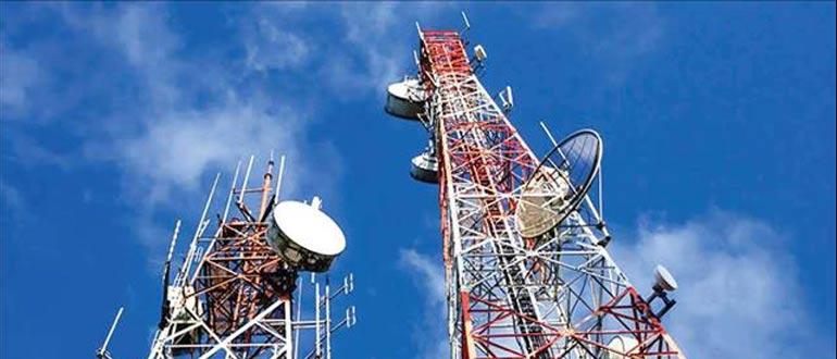 GPS / GNSS přijímače odolné proti rušení pro přesné určení polohy a času